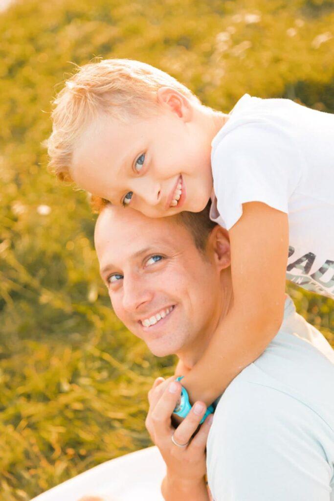 Familienfotos im Spätsommer-Herbst